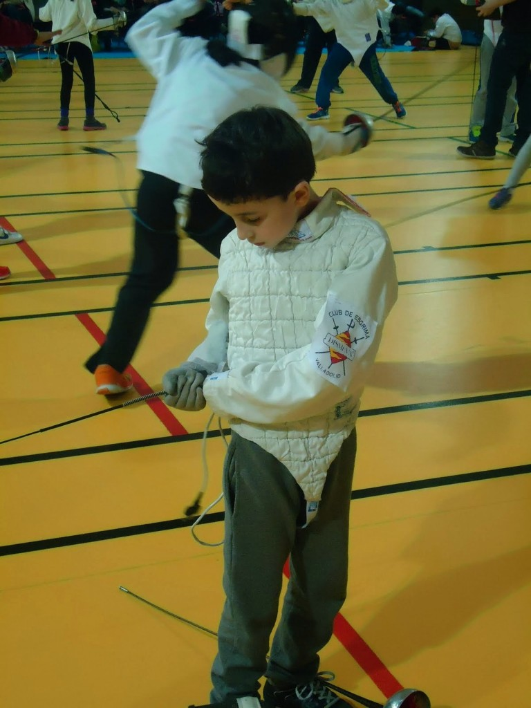 2015-03-27. VIII Torneo de Esgrima Escolar